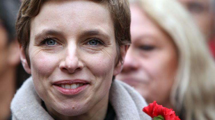 Clémentine Autain, porte-parole de Jean-Luc Mélenchon,à Paris le 18 mars 2012. (KENZO TRIBOUILLARD / AFP)
