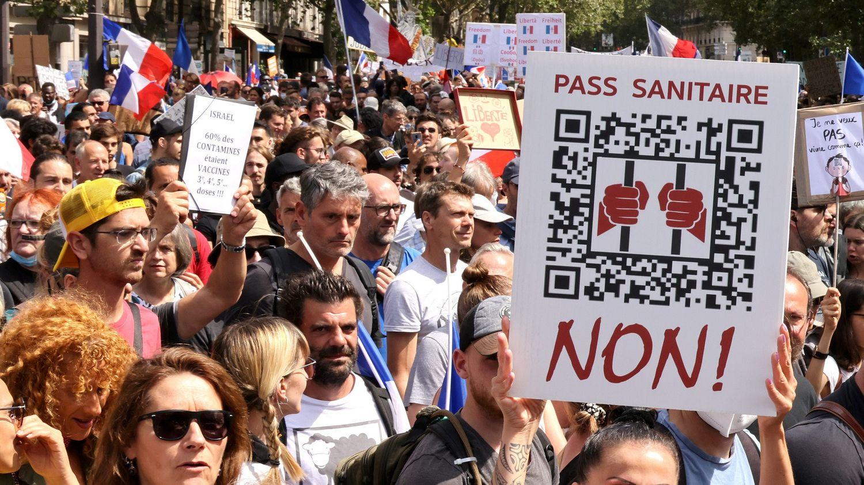 Manifestations contre le pass sanitaire : «Un mouvement qui peut être explosif et dont les limites sont difficiles à cerner», analyse, «inquiet», le sociologue Jean Viard