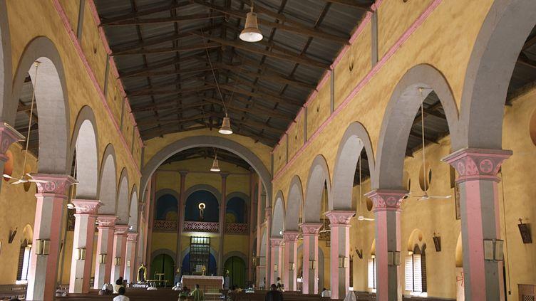 La cathédrale de Ouagadougou, capitale du Burkina Faso, pays qui compte 35% de chrétiens. (ROY PHILIPPE / HEMIS.FR)