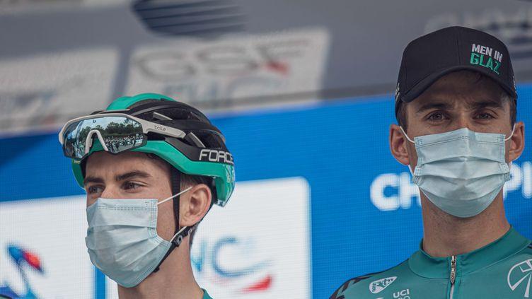 Maxime Chevalier (à gauche) avec Cyril Barthe, deux débutants sur ce Tour de France 2020. (FRANZ-RENAN JOLY)