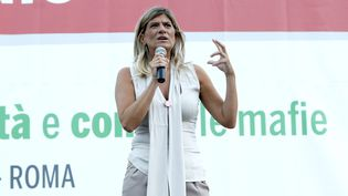 La journaliste italienneFederica Angeli participe, le 3 septembre 2015 à Rome, à une manifestation pour dénoncer la mafia. (MAXPPP)