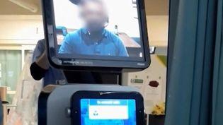 Aux États-Unis, un médecin a annoncé par écran interposé à un patient qu'il n'avait plus que quelques jours à vivre. (CAPTURE D'ÉCRAN FRANCE 3)