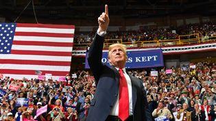 Donald Trump lors d'un meeting dans le Tennessee, le 4 novembre 2018. (NICHOLAS KAMM / AFP)