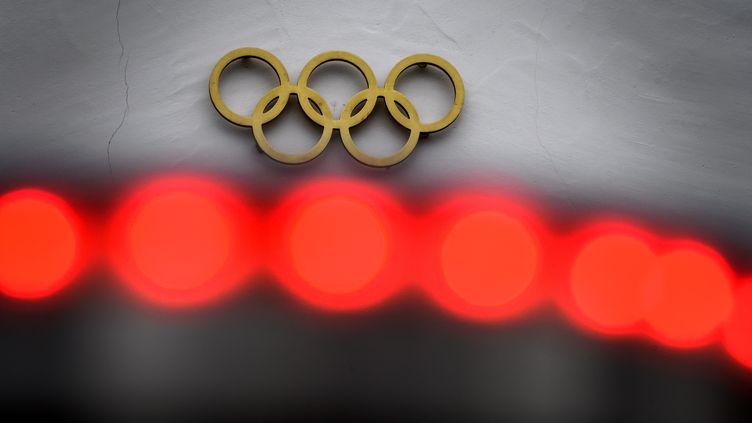 Le Comité olympique international a réagi aux propos de Yoshiro Mori. (FABRICE COFFRINI / AFP)