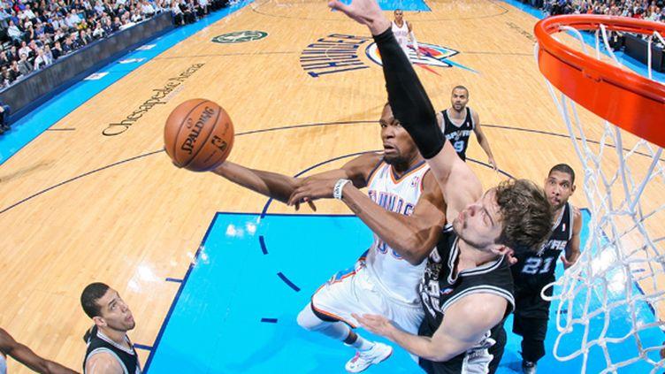 Kevin Durant (Oklahoma City) intraitable face à San Antonio