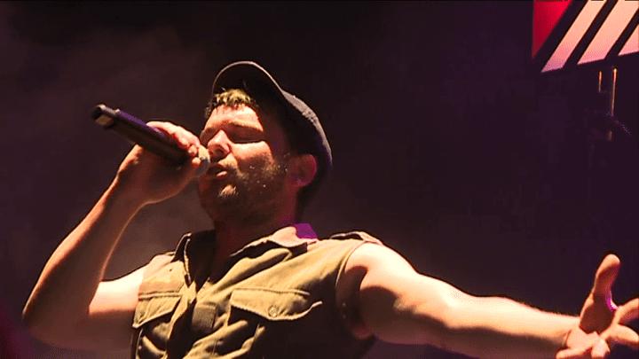David Baruchel est l'un des chanteurs de Babylon Circus  (France 3 / Culturebox)