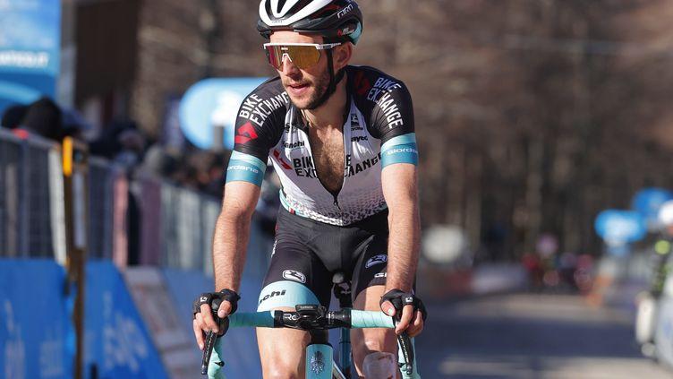 Simon Yates de l'équipe Bikeexchange, lors de Tirreno Adriatico, le 13 mars 2021 (LUCA BETTINI / ANSA)