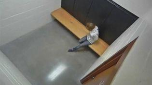 États-Unis : une septuagénaire victime de violences policières (Capture d'écran franceinfo)