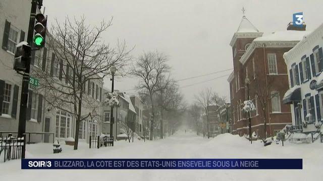États-Unis : la côte Est ensevelie sous la neige