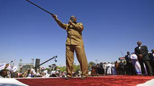 L'ex-président Omar el-Béchir lors d'un rassemblement avec ses partisans sur la Place verte à Khartoum, le 9 janvier 2019. (ASHRAF SHAZLY / AFP)