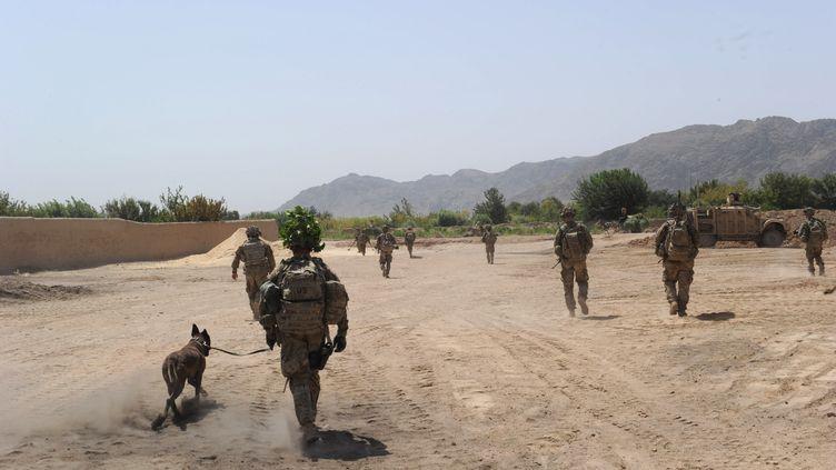 Des soldats américains dela force internationale de l'Otan (Isaf), le 5 août 2011 à Kandalay (Afghanistan). (ROMEO GACAD / AFP)