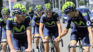 (L'équipe Movistar à l'entraînement pendant la journée de repos © Maxppp)