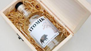 Une bouteille de vodka Atomik, le 8 août 2019. (HO / UNIVERSITY OF PORTSMOUTH / AFP)