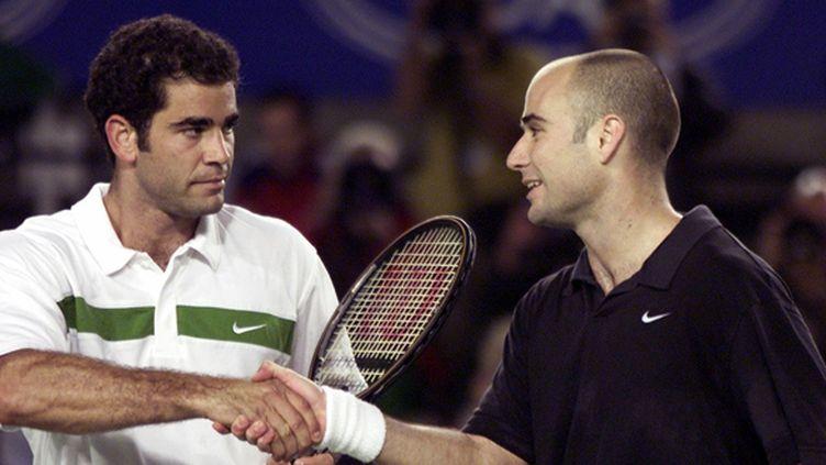 Pete Sampras félicite Andre Agassi (Open d'Australie 2000, demi-finale)