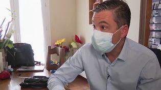 Vaccination contre le Covid-19 :la tournée d'un médecin généraliste dans le Nord (France 2)