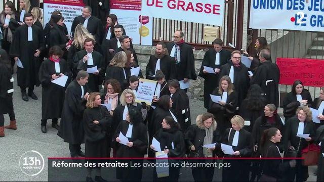 Réforme des retraites : les avocats votent la poursuite du mouvement