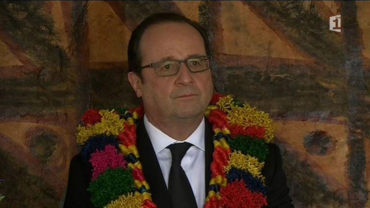 (L'accueil fleuri de François Hollande à Wallis-et-Futuna © Polynésie Première)
