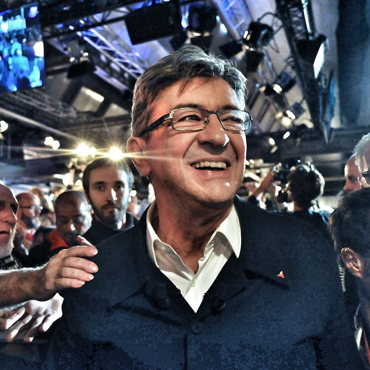 Jean-Luc Mélenchon, lors de la convention de son mouvement La France insoumise à Lille, le 16 octobre 2016. (MAXPPP)