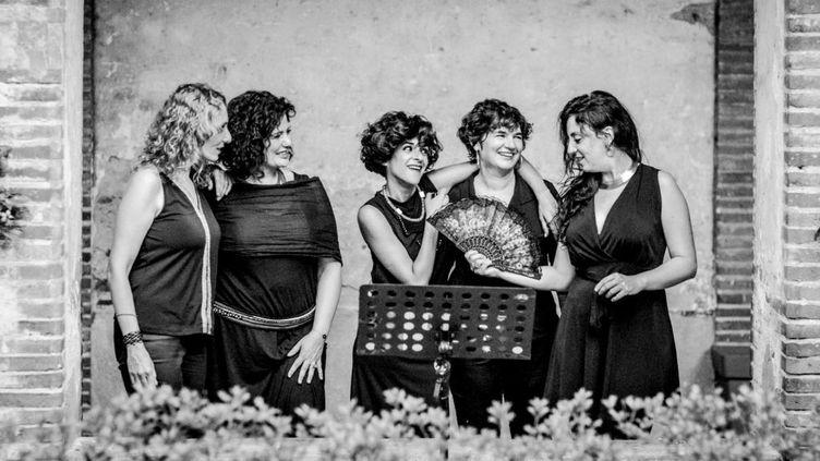 Les dames de la joliette participent au festival ELLES (Solong's)