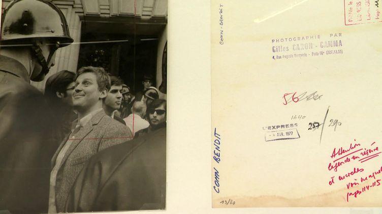 Daniel Cohn-Bendit posedevant un CRS et devant l'objectif de Gilles Caron (1968) (France 3 Normandie)