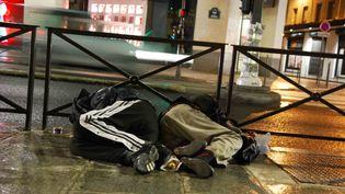 Selon l'Insee, lapart des étrangers parmi les personnes sans domicile fixe est passée de 38% en 2001 à 53% en 2012. (MAXPPP)