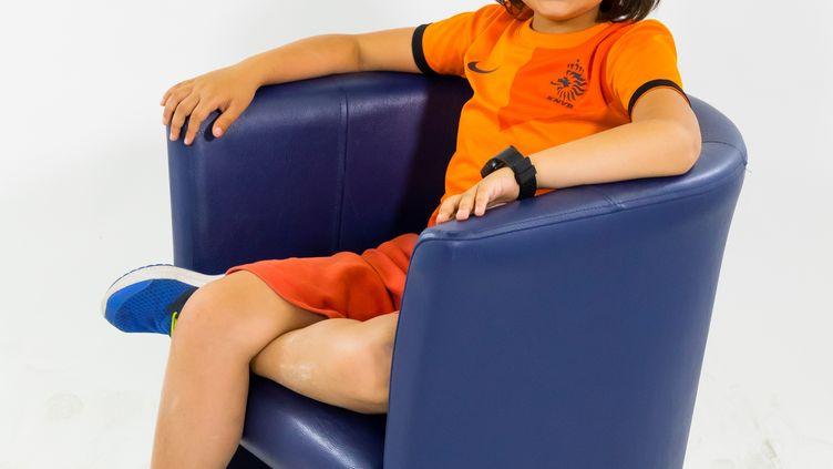 Apollo, 11 ans, est atteint d'une myopathie des ceintures, une maladie neuromusculaire évolutive qui détruit ses muscules petit à petit. (D.R)