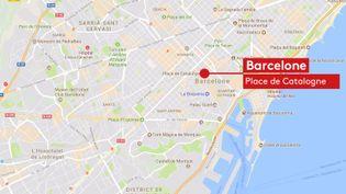 Unecamionnette a percuté plusieurs personnessur La Rambla, l'avenue la plus touristique de Barcelone (Catalogne, Espagne), jeudi 17 août 2017. (FRANCEINFO)