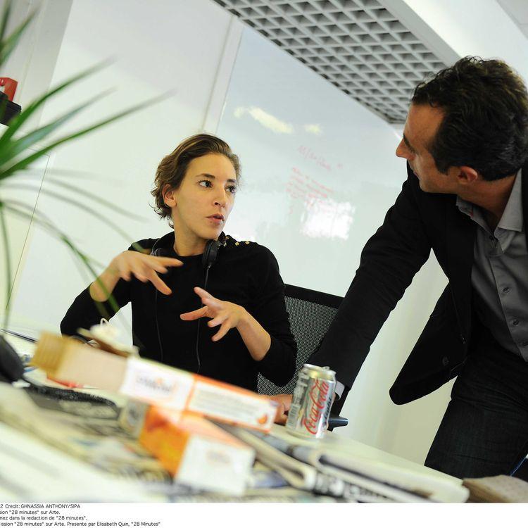 La journaliste Nadia Daam, le 15 octobre 2012 à Paris. (GHNASSIA ANTHONY / SIPA)