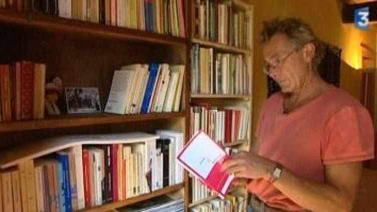 Eric Holder, l'auteur de Mademoiselle Chambon, sort un nouveau roman, Bella Ciao.  (Culturebox)