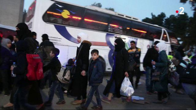 Syrie : dernières évacuations de rebelles à la Ghouta