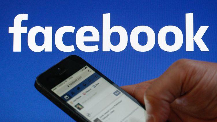 Le réseau social Facebook est désormais disponible en corse, depuis vendredi 30 septembre 2016. (JAAP ARRIENS / NURPHOTO / AFP)