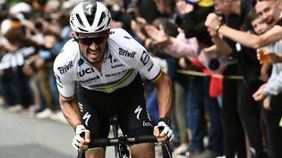 Julian Alaphilippe en plein effort sur la première étape du Tour de France, le 26 juin 2021. (PHILIPPE LOPEZ / AFP)
