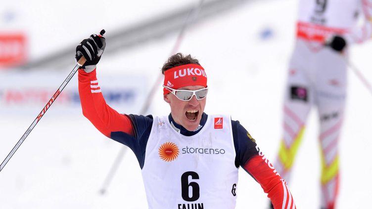 Maxim Vylegzhanin célèbre son titre de champion du monde