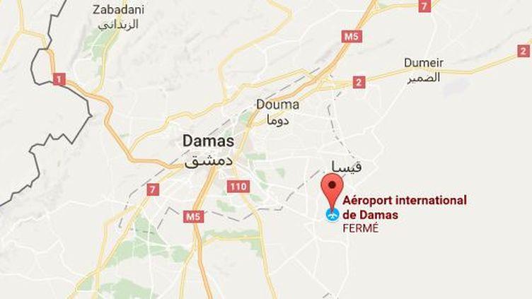 """Selon l'Observatoire syrien des droits de l'Homme, """"des avions israéliens ont tiré des roquettes sur un dépôt d'armes du Hezbollah près de l'aéroport"""" de Damas, vendredi 22 septembre 2017 à l'aube. (GOOGLE MAPS)"""