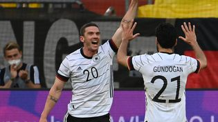 Robin Gosens et l'Allemagne ont étrillé la Lettonie, le 7 juin à Düsseldorf. (FEDERICO GAMBARINI / DPA)