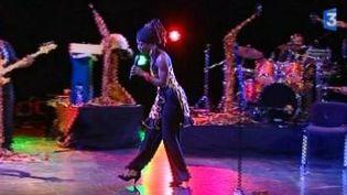 La chanteuse Dobet Gnahoré primée aux Grammy Awards  (Culturebox)