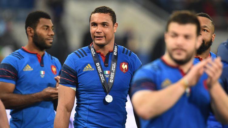 Les Bleus du capitaine Thierry Dusautoir ont confiance en leur potentiel (GABRIEL BOUYS / AFP)