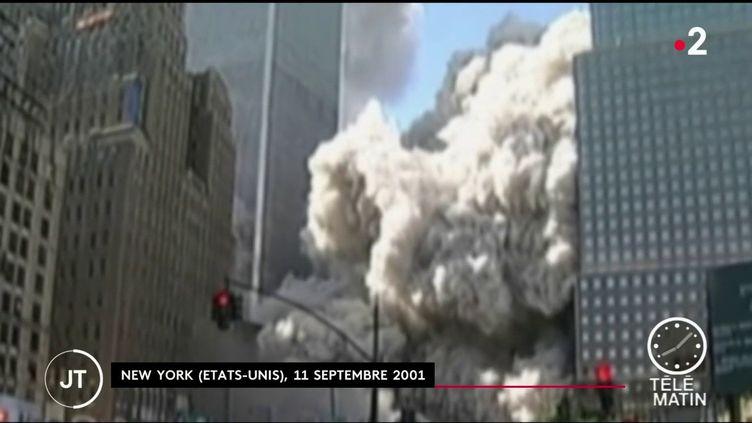 10 000 pompiers et bénévoles intervenus sur les lieux de l'attentat sont aujourd'hui atteints d'un cancer qui serait dû au nuage de cendres et de débris toxiques. (FRANCE 2)