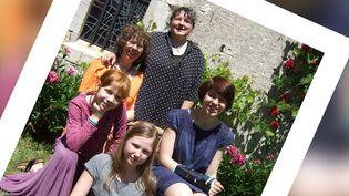 Marie-Laure Picard, Carla Boni et leurs trois filles, en 2009. (PHILIPPE PICARD)