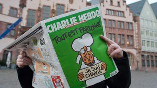 L'édition de Charlie Hebdo du 15 janvier 2015, juste après les attentats. (BORIS ROESSLER / DPA)