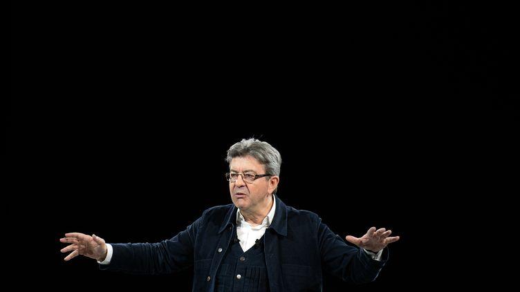 Jean-Luc Mélenchon, candidat de la France insoumise, lors d'un meeting à Rennes (Ille-et-Vilaine), le 26 mars 2017. (FRED TANNEAU / AFP)