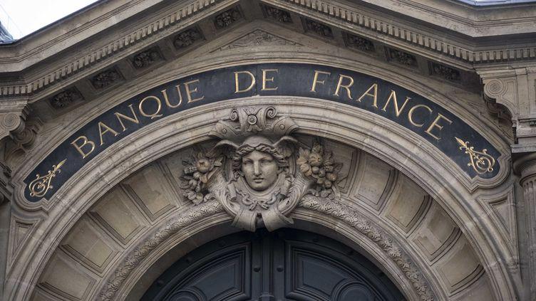 Le fronton de la banque de France, le 2 mars 2021, à Paris. (HUGO PASSARELLO LUNA / HANS LUCAS / AFP)