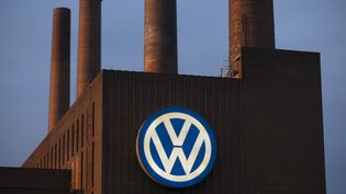 Une usine Volkswagen à Wolfsburg (Allemagne), le 22 septembre 2015. (AXEL SCHMIDT / REUTERS)