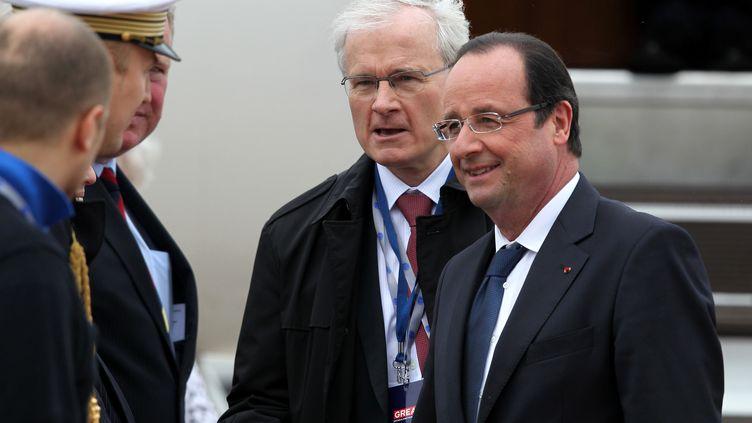 François Hollande arrive àBelfast (Irlande du Nord) le 17 juin 2013, pour le sommet du G8. (PETER MUHLY / AFP)