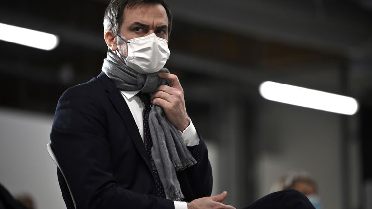 Olivier Véran, le 9 janvier 2021. (LIONEL BONAVENTURE / AFP)