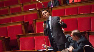 Le député UMP du Vaucluse Julien Aubert prend la parole, le 7 octobre 2014 à l'Assemblée nationale, àParis. (MAXPPP)
