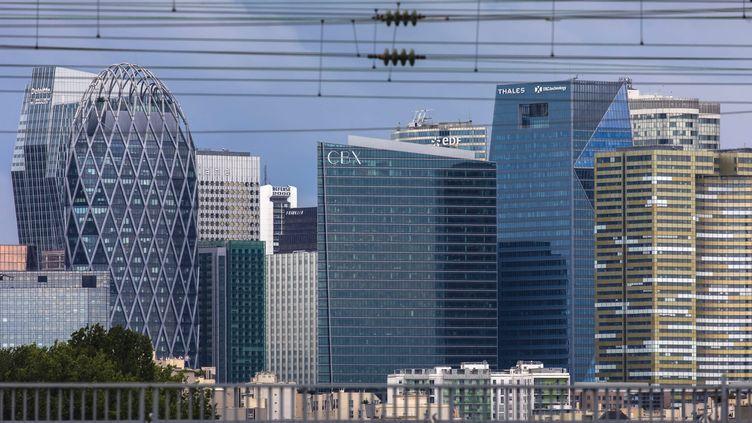 Vue du quartier d'affaires de La Défense à Paris. (VINCENT ISORE / MAXPPP)