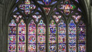 Patrimoine : Ken Follett cède 148 000 euros de droits d'auteur pour la cathédrale de Dol-de-Bretagne (FRANCE 2)