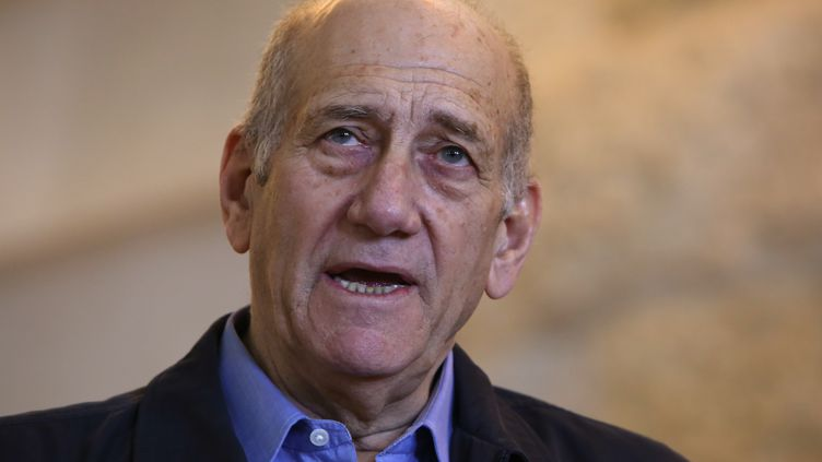Ehud Olmert, ancien Premier ministre israélien, à Jerusalem (Israël), le 29 décembre 2015. (GALI TIBBON / AFP)
