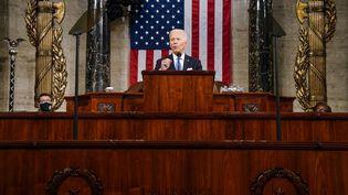 Le président américain Joe Biden s'adresse au Congrès,le 28 avril 2021 à Washington (Etats-Unis). (MELINA MARA / AFP)